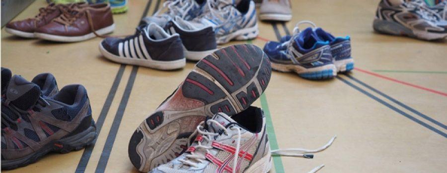 Projeto Floorball  (Campanha de Doação de Tênis).